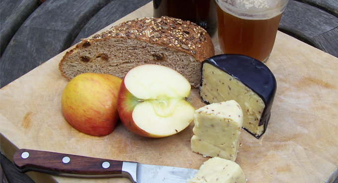 Wincle Ale and Mustard Cheddar Cheshire Cheese Company