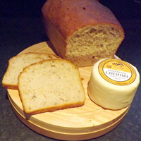 Cheshire Cheese Bread with nuts